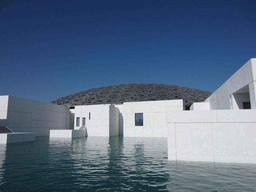 1280px-Louvre_Abu_Dhabi_Dec_17